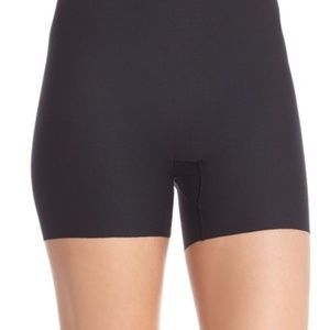 New SPANX Girl Short Ultra Thin Perforated Shaper